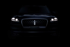 lincoln-aviator-teaser