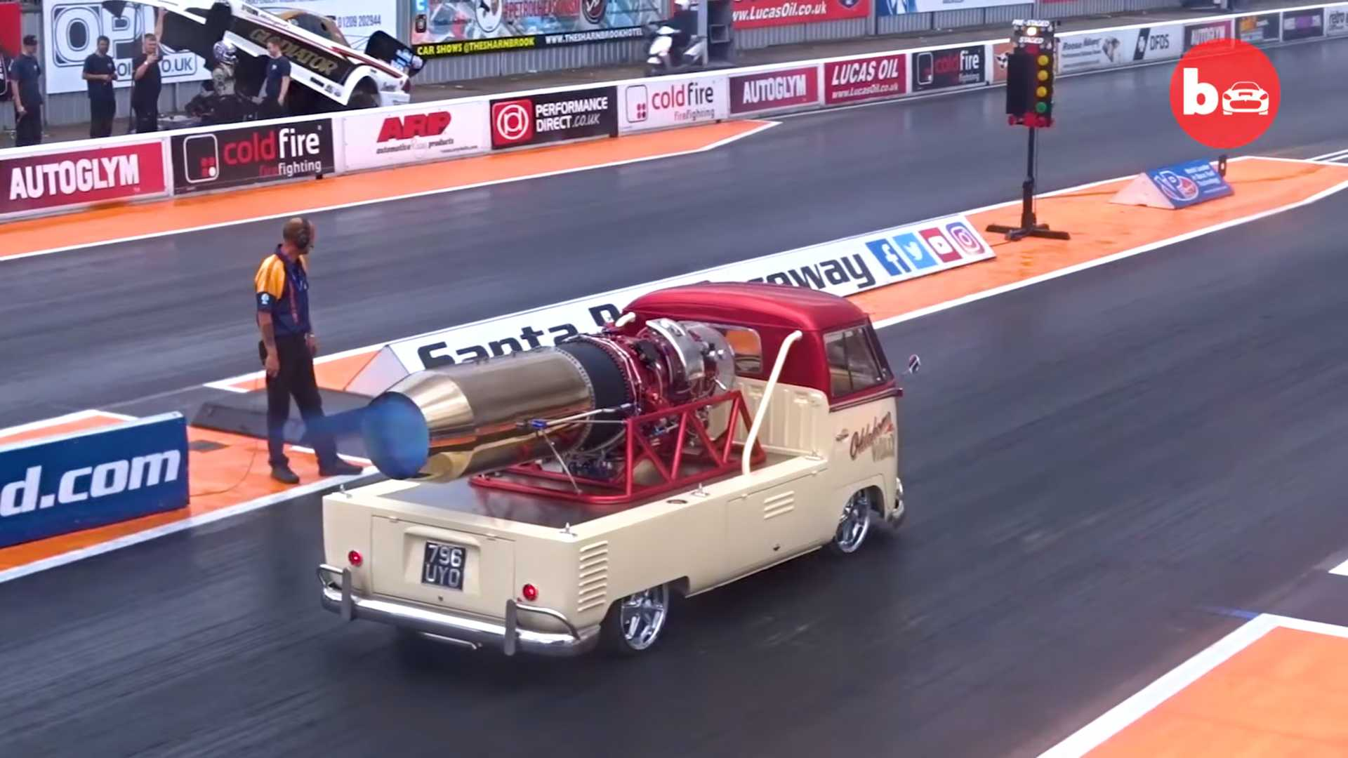 jet-powered-vw-van
