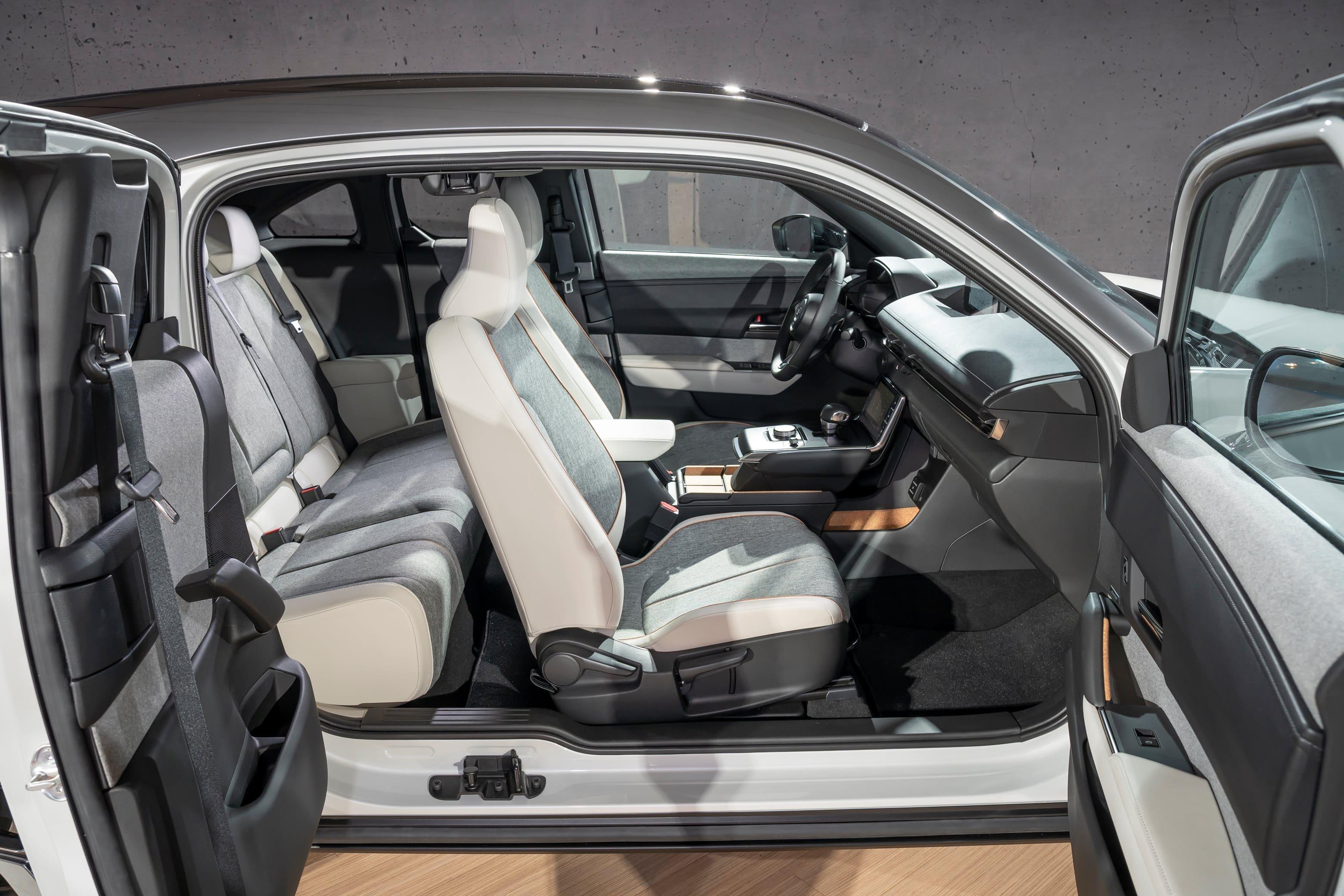 Mazda-MX-30-Interior-1
