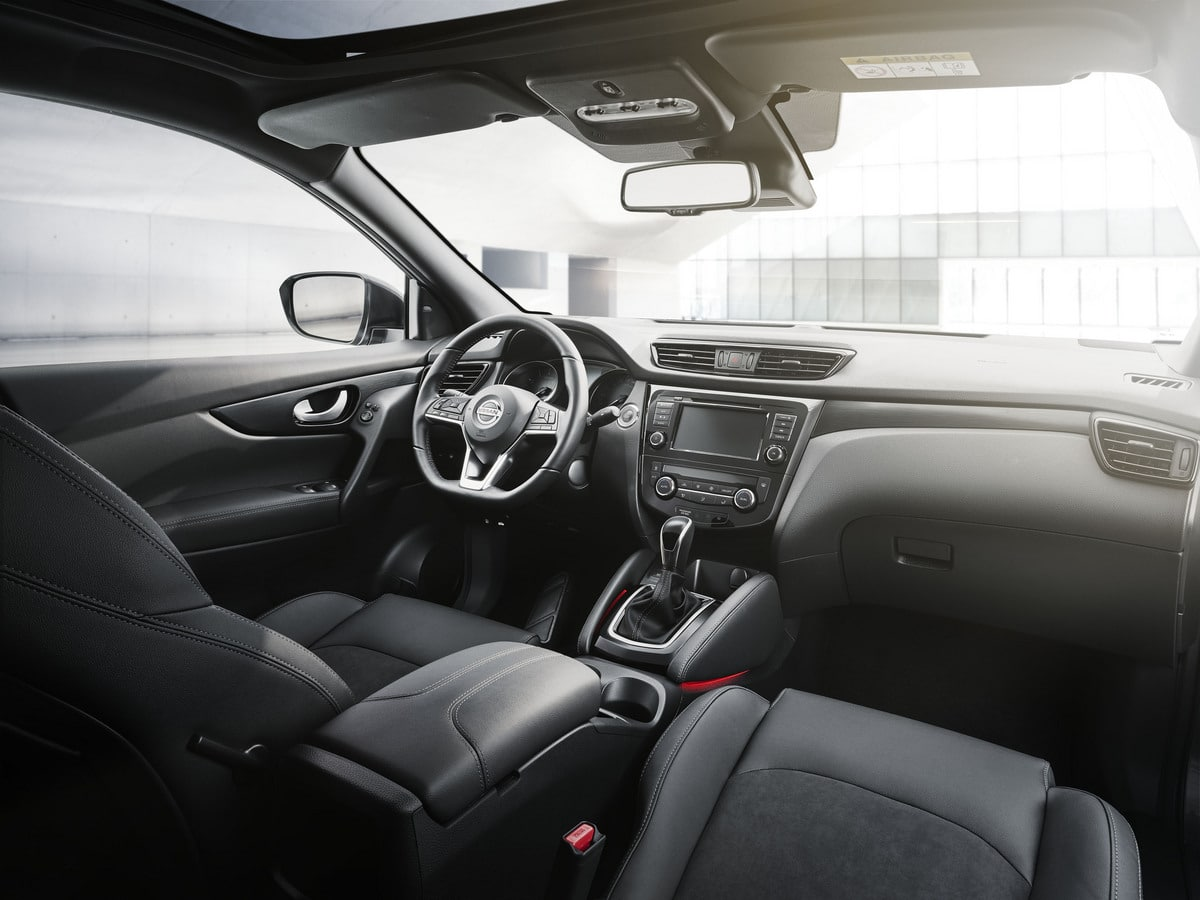 7-10am-CET-QASHQAI-N-TEC-Edition-interior-2-1200x900.Jan_