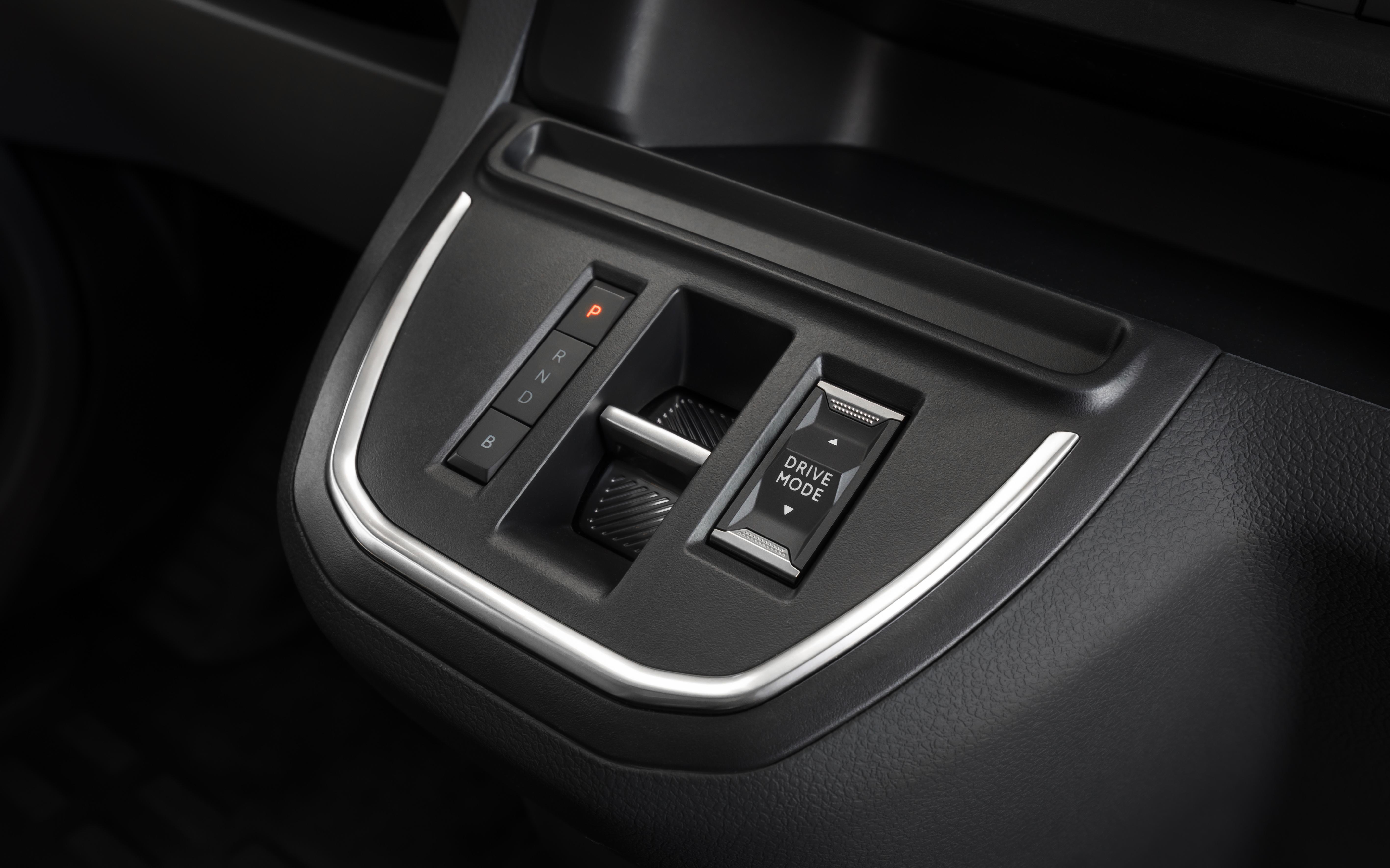 Opel-Vivaro-e-511696_1