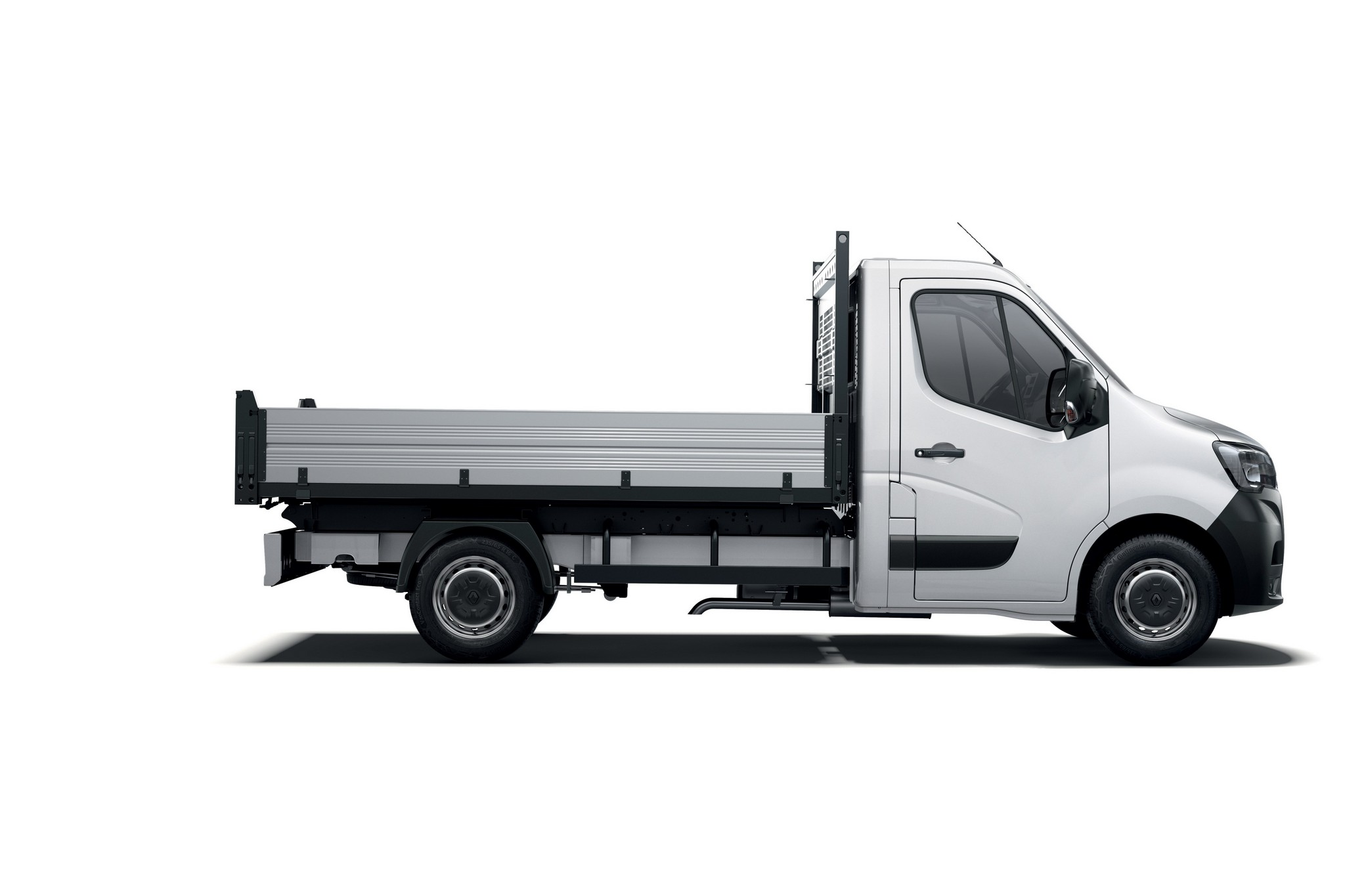 21224963_2019_-_New_Renault_MASTER