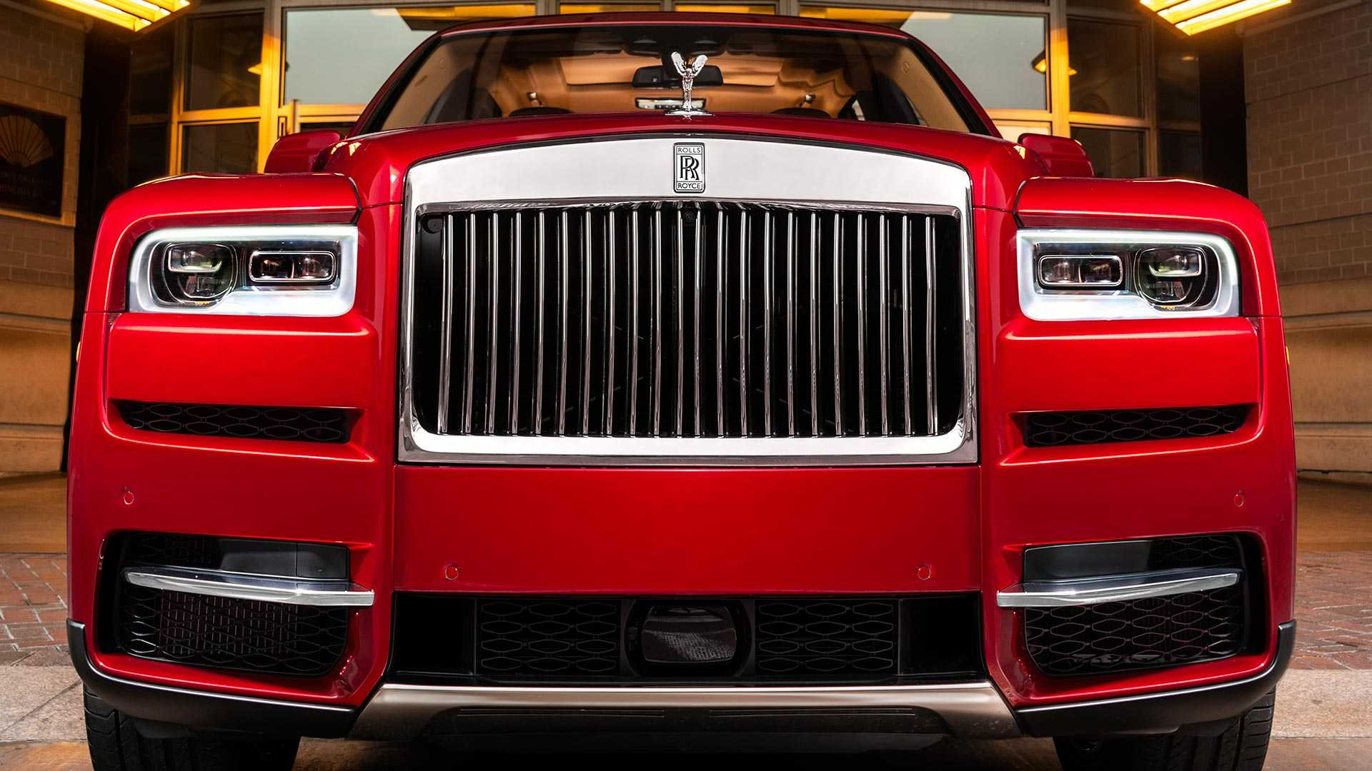 lunar-new-year-rolls-royce-cullinan (3)