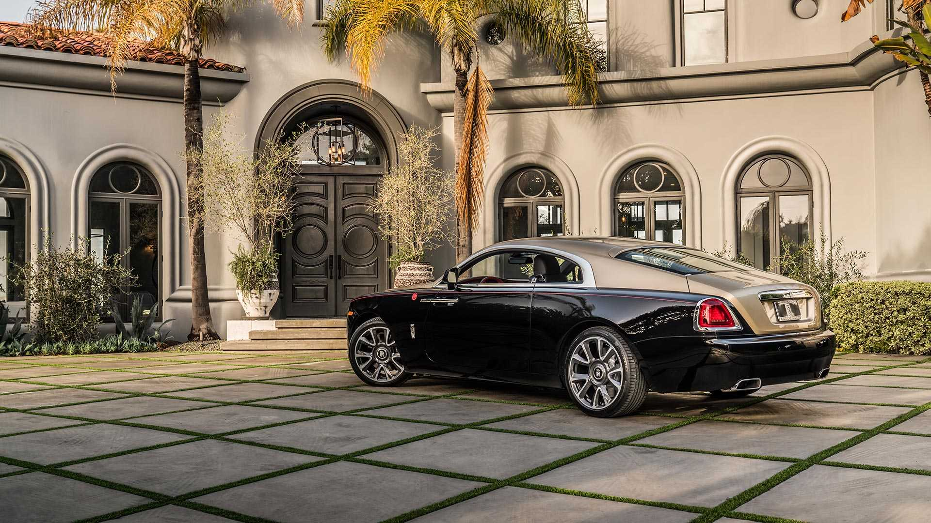 year-of-the-pig-rolls-royce-wraith