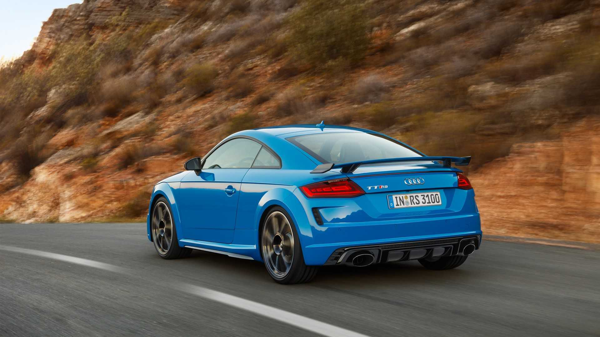 2019-audi-tt-rs-coupe (11)