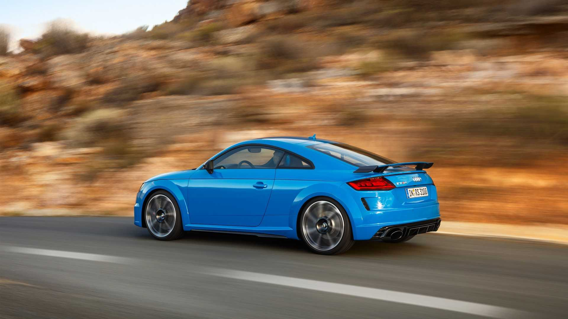 2019-audi-tt-rs-coupe (12)