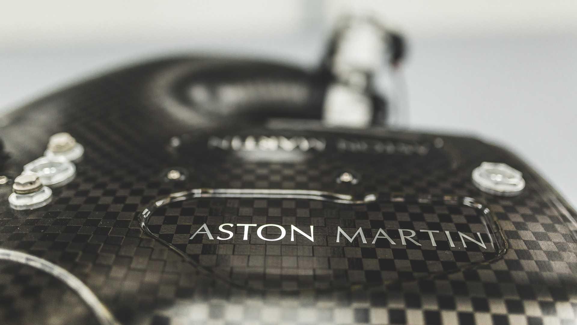 aston-martin-valkyrie-s-cosworth-v12-engine (10)