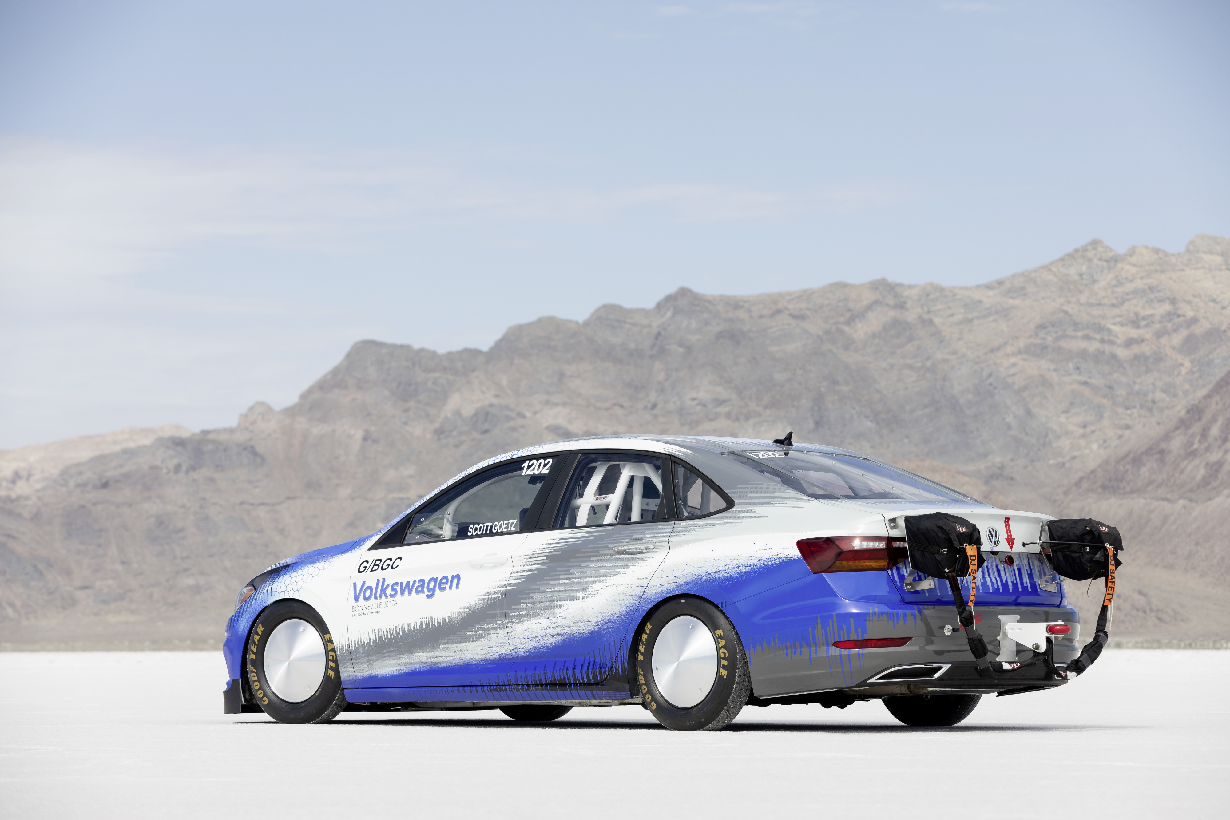 Modified Jetta breaks the speed record in its class in the USA with 338 km/h