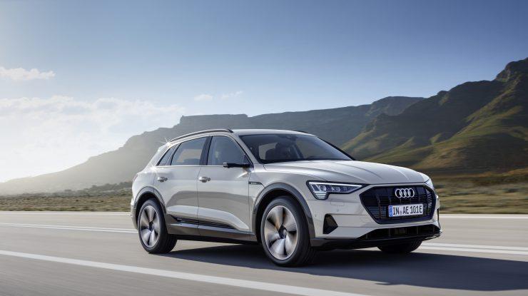"(Video) Audi are parte de ""The Charge"" cu SUV-ul complet electric e-tron"