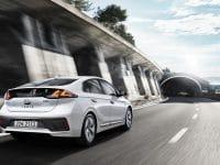 Să fim Hybrid și Plug-In cu Hyundai Ioniq
