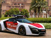 (Video) La Poliție în Abu Dhabi, cu Lykan HyperSport