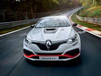 Megane RS își ia Trophy-R pe Nurburgring (video)