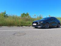 Mazda 3 atacă segmentul compactelor Premium