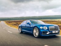 SQ7 merge diesel, Flying Spur pe benzină cu First Edition (video)