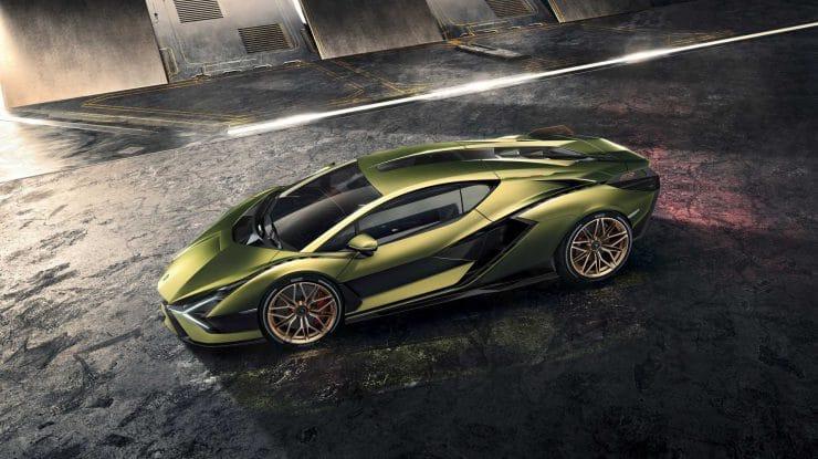 Sián, flash-ul Automobili Lamborghini (video)