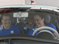 Dacă trei handbaliste de la CSM București au încăput într-un Fiat 500, înseamnă că este chiar încăpător.