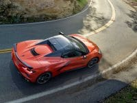 Convertible mania – Corvette & Vantage Roadster (video)