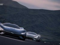 Jaguar o dă virtual cu Vision Gran Turismo (video)