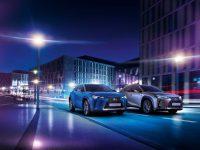 Auto Guangzhou: lux GLS sau EV UX 300e (video)