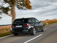 BMW este Touring cu M340i și xDrive (video)
