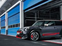 Mini-racheta JCW GP decolează din LA (video)