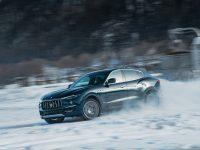 Maserati este Royale la Snow Polo World Cup