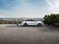Megane E-Tech sau Mazda2, compact spre mic (video)