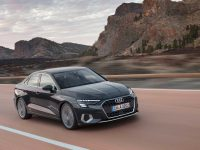 Audi x Audi = A3 foarte Sedan (video)