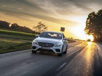 300 – C și E de la Mercedes, cu e și de (Video)