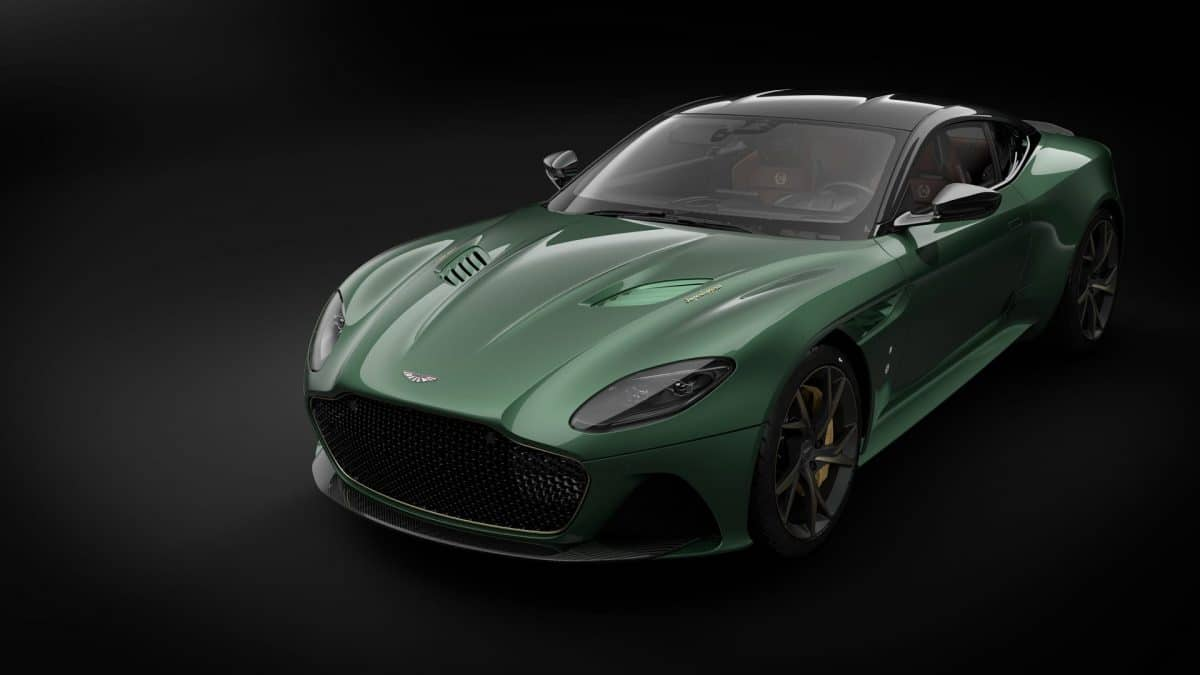 Q by Aston Martin sau Ferrari Tailor Made