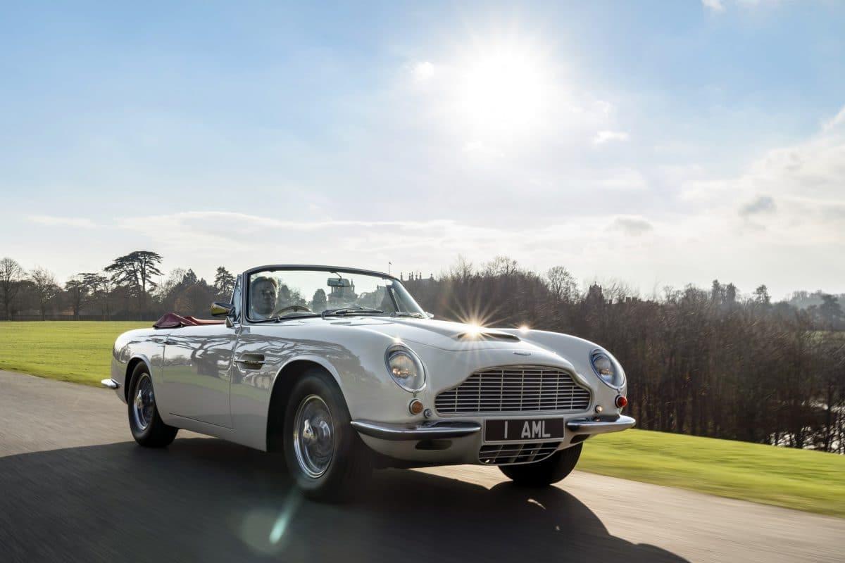 Heritage și EV fac casă bună la Aston Martin Works