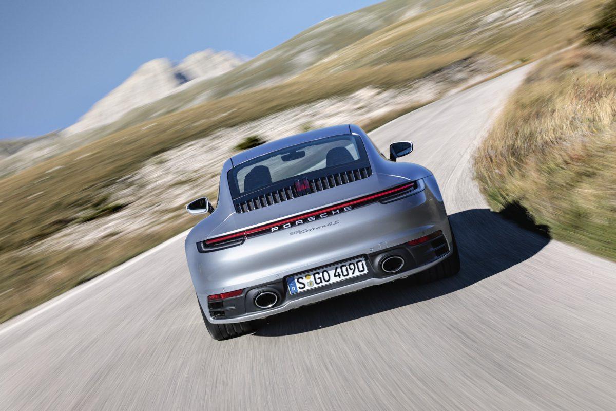 Porsche 911 – mașina timpului (video)