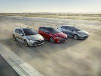 12 pentru Corolla, Toyota foarte Sedan (video)